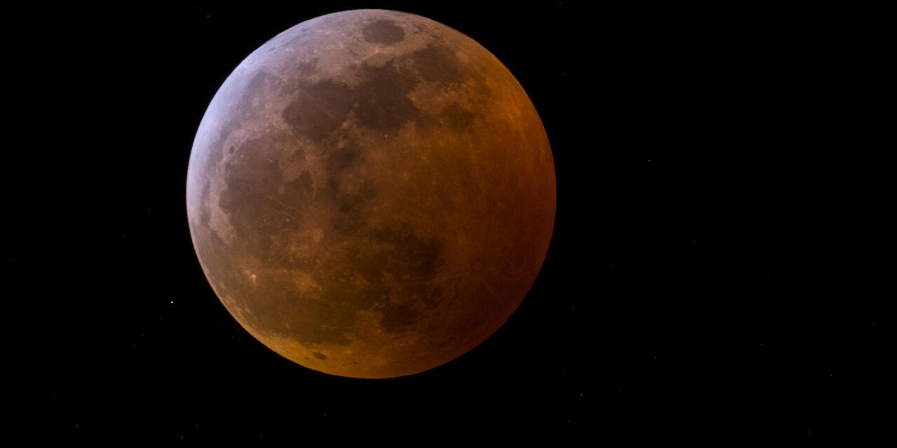 26 de mayo: eclipse de luna más 'grande' del año y 'de sangre', visible en Yucatán