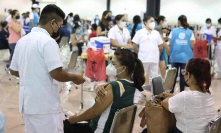 Ocho adultos mayores entre 15 fallecidos hoy; bajan contagios