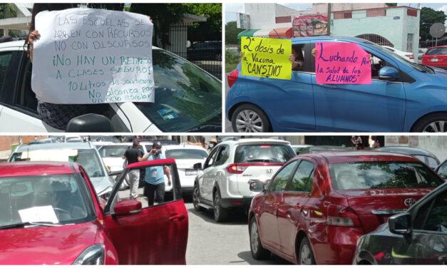 Caravana de protesta y diálogo en SEGEY por regreso a clases presenciales