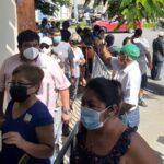 Asignan fichas y agotan vacunas Pfizer en Hospital Militar de Mérida