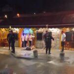 Cenaban en restaurante de Tulum y los balearon en fuego cruzado