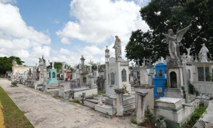 Cementerios de Mérida, retoques para celebración de finados